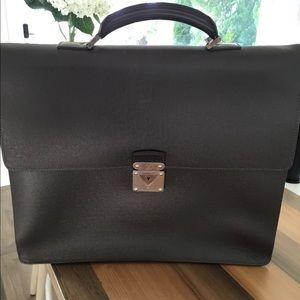 Louis Vuitton brown leather laptop bag/briefcase.